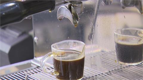 咖啡、砂糖下月漲2成 生菜、麵包都漲價!業者叫苦連天