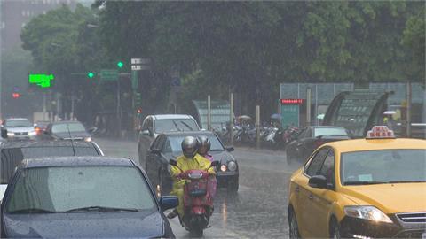 快新聞/西南風影響! 台南以南3縣市大雨特報 防雷擊與強陣風