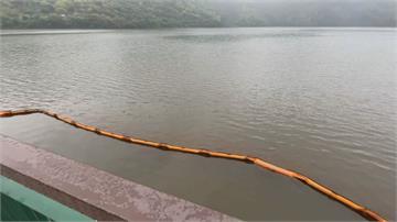 花蓮鯉魚潭湖面紅色懸浮物 東華大學調查:無毒藻類
