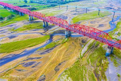 快新聞/濁水溪乾旱卻美呆了!西螺大橋空拍猶如莫內的畫