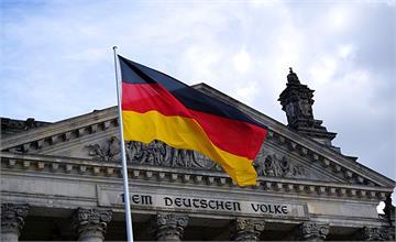 德國近千名人個資遭外洩 警方逮捕一20歲男子