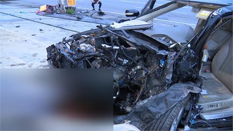 自小客撞進加油站 駕駛不治、乘客受傷送醫