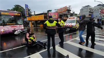 快新聞/公車疑闖紅燈撞警機車 員警彈飛5公尺倒地滿臉鮮血