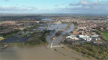 2強烈風暴接連侵襲 西英格蘭區水淹成災