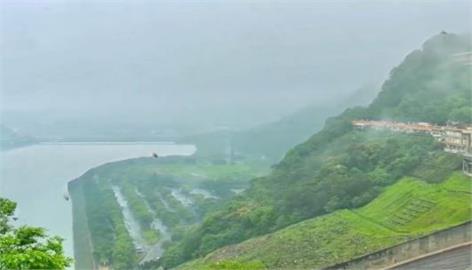 快新聞/石門水庫集水區下雨了! 鄭文燦:終於聽見下雨的聲音
