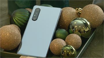 日系首款5G認證「鏡湖綠」智慧機11月開賣