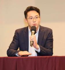 快新聞/蔡英文發言人怒了!揭露韓國瑜辯論會4大不堪、5大造謠