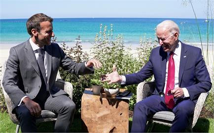 潛艇風波後美法總統首度通話 下月底歐洲會面