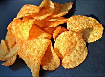 最涮嘴零食!網問「最強洋芋片霸主」 眾人推這家:記得選原味!