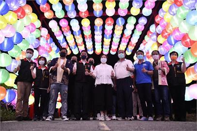 徐榛蔚縣長太平洋溫泉季浪漫點燈 全台最大雙光影展區繽紛迎客