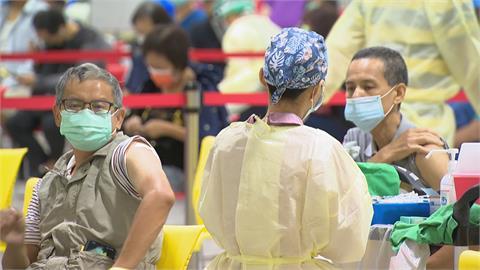 值完夜班還要支援打疫苗 北市醫護:做功德