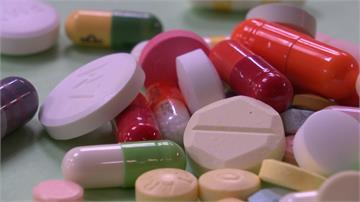 「重複用藥」耗4億健保費又傷身!醫師:注意長輩用藥