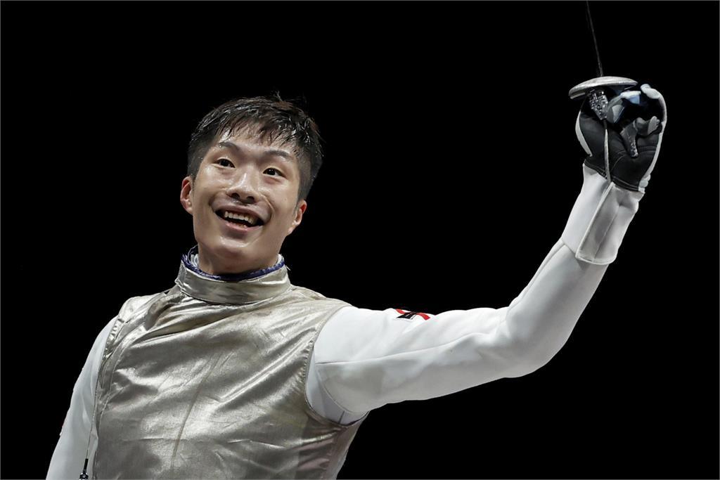 東奧/劍擊手張家朗橫掃世界奪金牌!睽違25年香港摘史上第2金