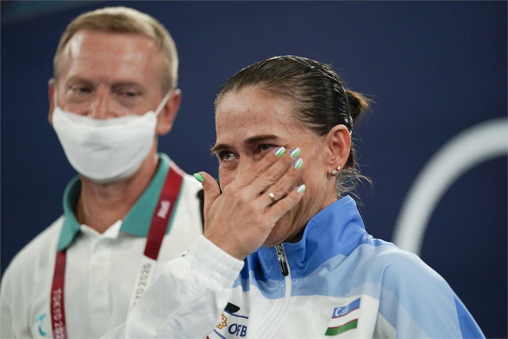 東奧/8度參賽 烏茲別克體操女將含淚告別最後一屆奧運