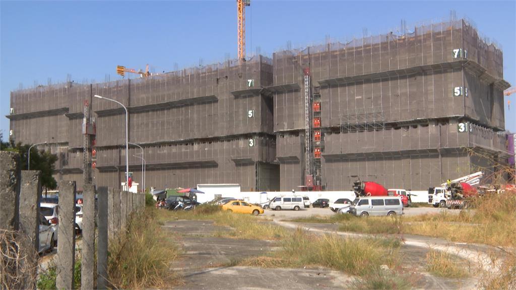 台中高鐵重劃區住宅工地 工人墜樓卡B3