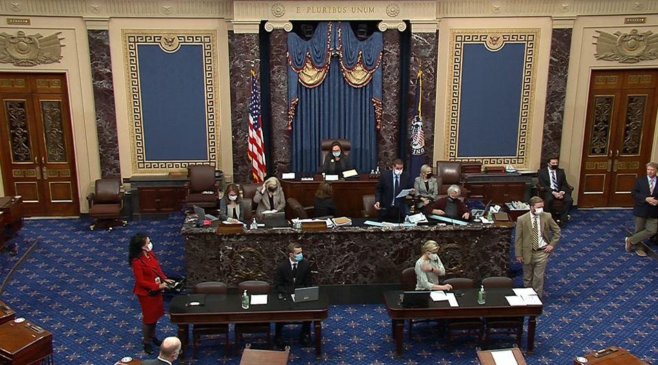 快新聞/川普提名巴瑞特任大法官 美參議院52比48票通過