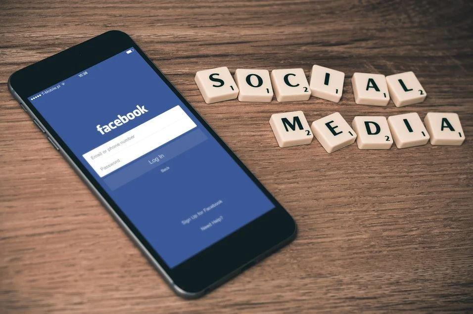 逾5億用戶個資外洩 臉書:有心人抓取非遭駭