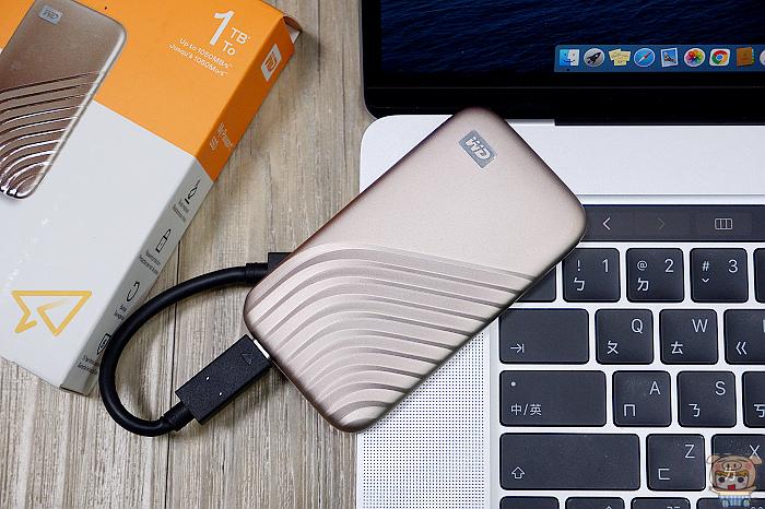 3C/讀取速度翻N倍 輕薄好攜帶 防震耐摔 WD My Passport 外接式 SSD 1TB 開箱評測