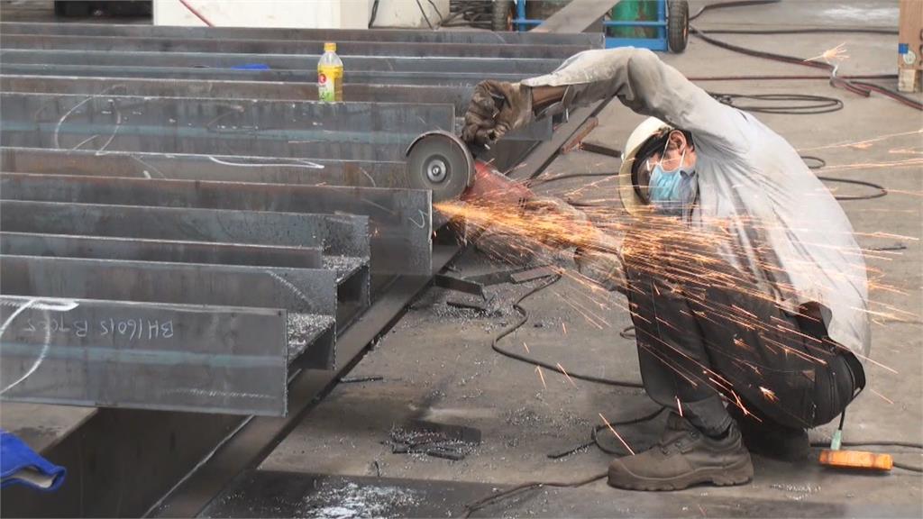中鋼盤價連12漲 6月內銷基價平均上調8%