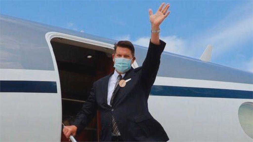 旋風訪台48小時 美國務次卿柯拉克離台