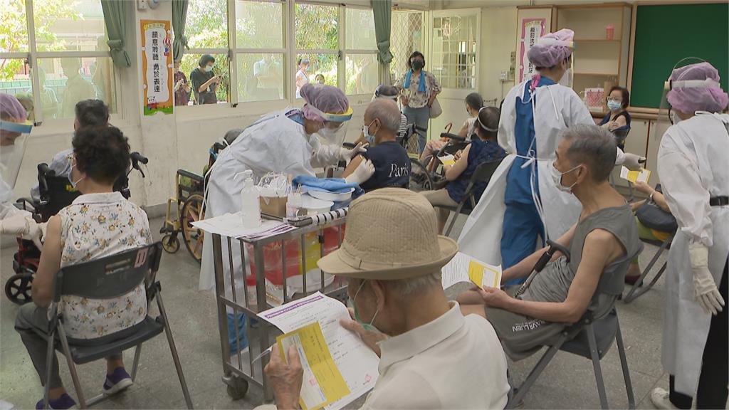 現有劑量低於登記人數 部分縣市擬減緩接種速度