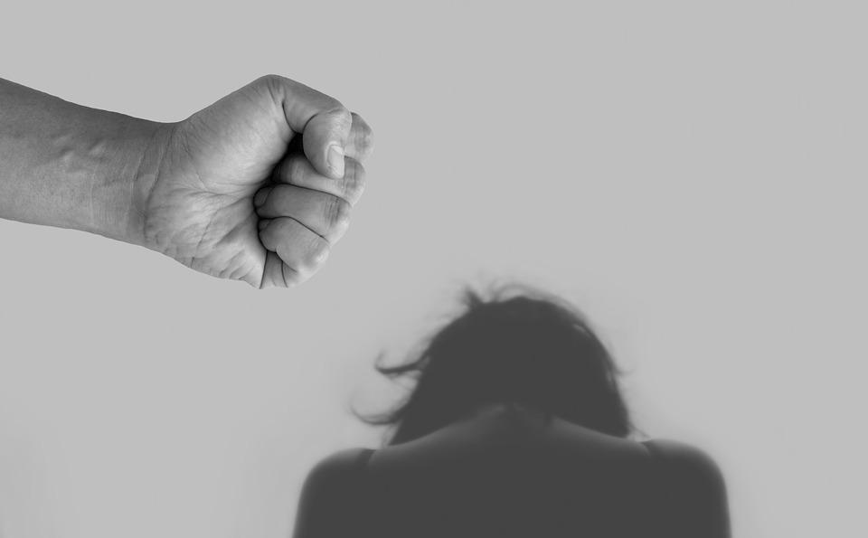 數位性暴力/「跟騷法」納入網路騷擾 科技犯罪就此終結?