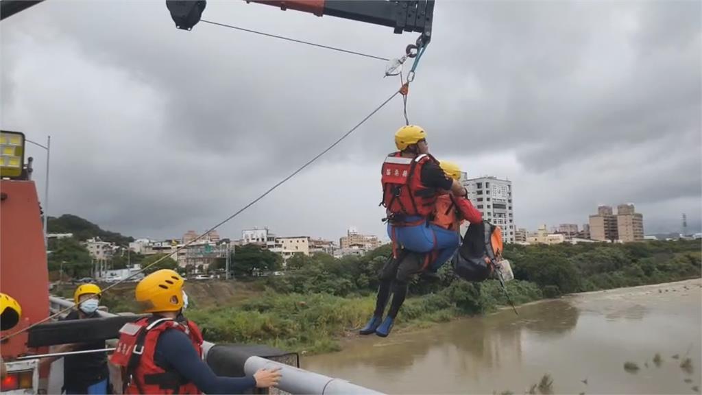 颱風天釣魚 ! 苗栗釣客失蹤 空拍機影像尋人