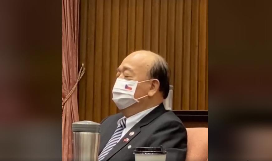 快新聞/聽韋德齊演說疑打瞌睡 吳斯懷反酸何志偉:謝謝陽信小王子關心