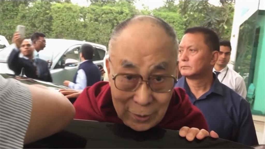 胸腔感染住院3天  達賴喇嘛出院了