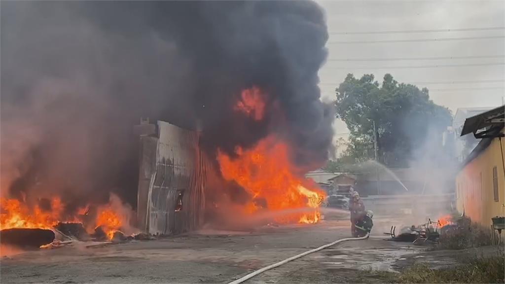彰化社頭泡棉廠起火八公里外都看得到!
