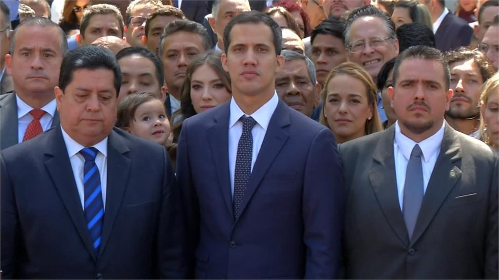 委內瑞拉反對派領袖瓜伊多投書《紐時》 稱在拉攏軍方推翻馬度羅