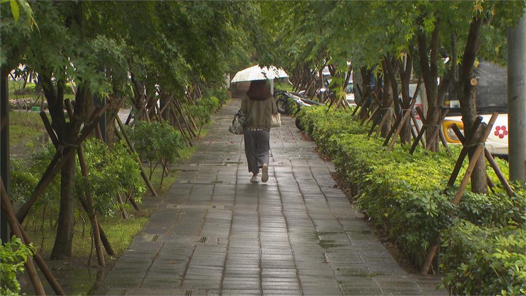 鋒面襲今明水氣增!北部一早雨不停鄭明典:雨區南移中!值得期待