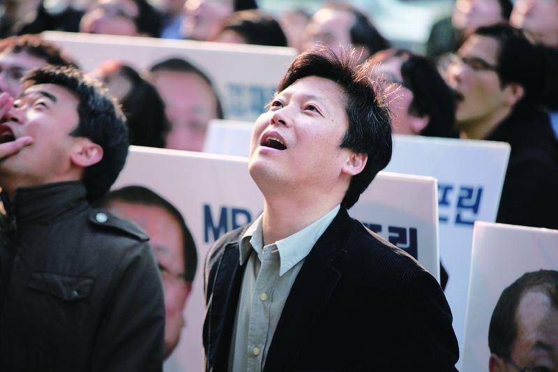 罷工捍衛新聞自由抗財團 南韓傳奇記者李容馬今晨癌逝