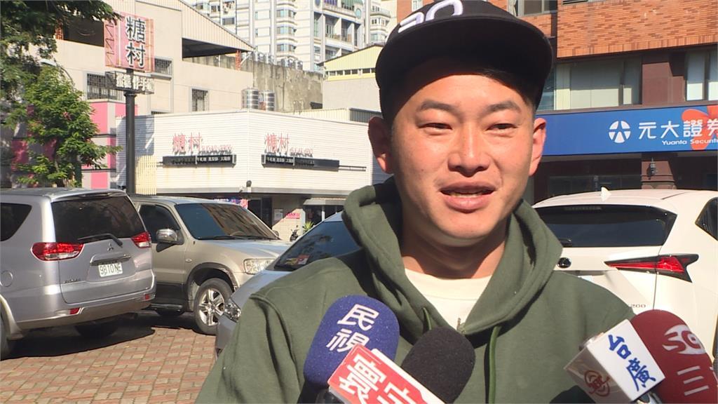 吳斯懷批國軍成口罩工 陳柏惟反嗆: 國民黨是不是在圖利中國?