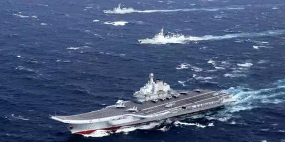 監控遼寧號不只美艦長 網曝至少3艘軍艦在場