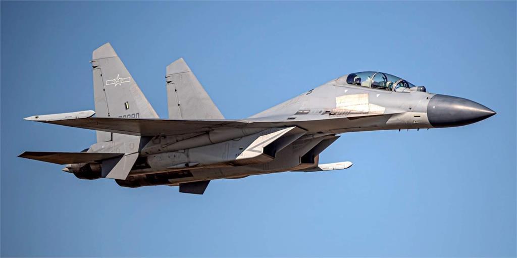 快新聞/共機一口氣來9架次!3機型闖我西南空域 空軍防空飛彈追監