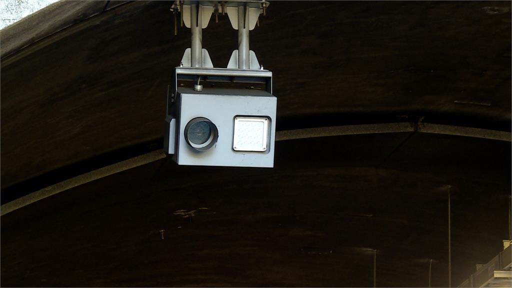 區間測速設備遭爆用中國製!行車蹤跡被監控