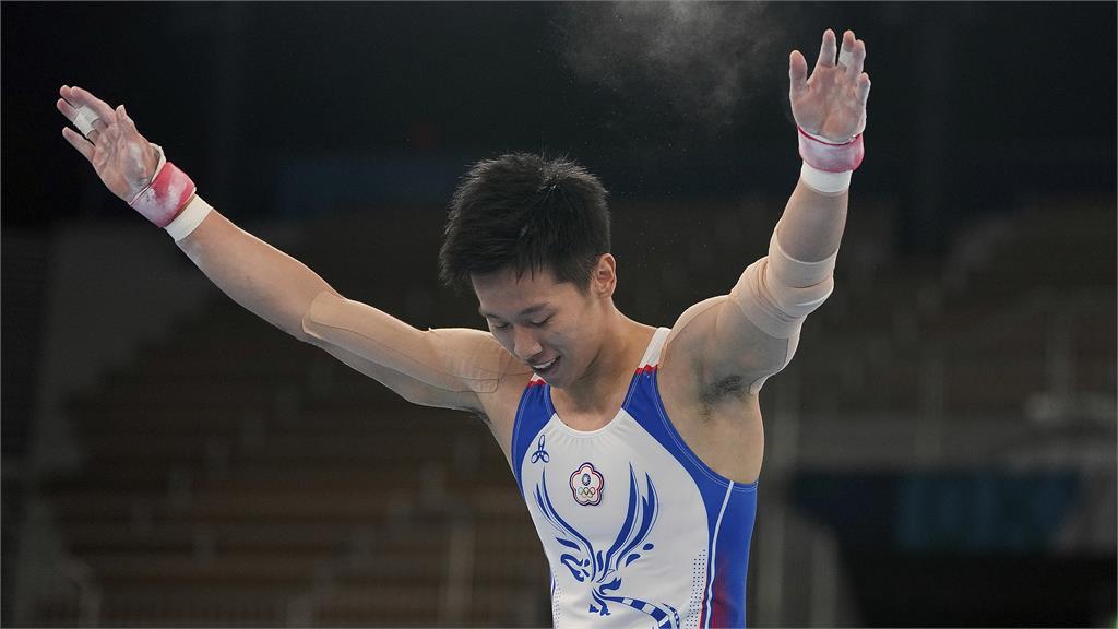快新聞/「鞍馬王子」李智凱再摘一銀! 蔡英文大讚:來自台灣的男孩同感驕傲