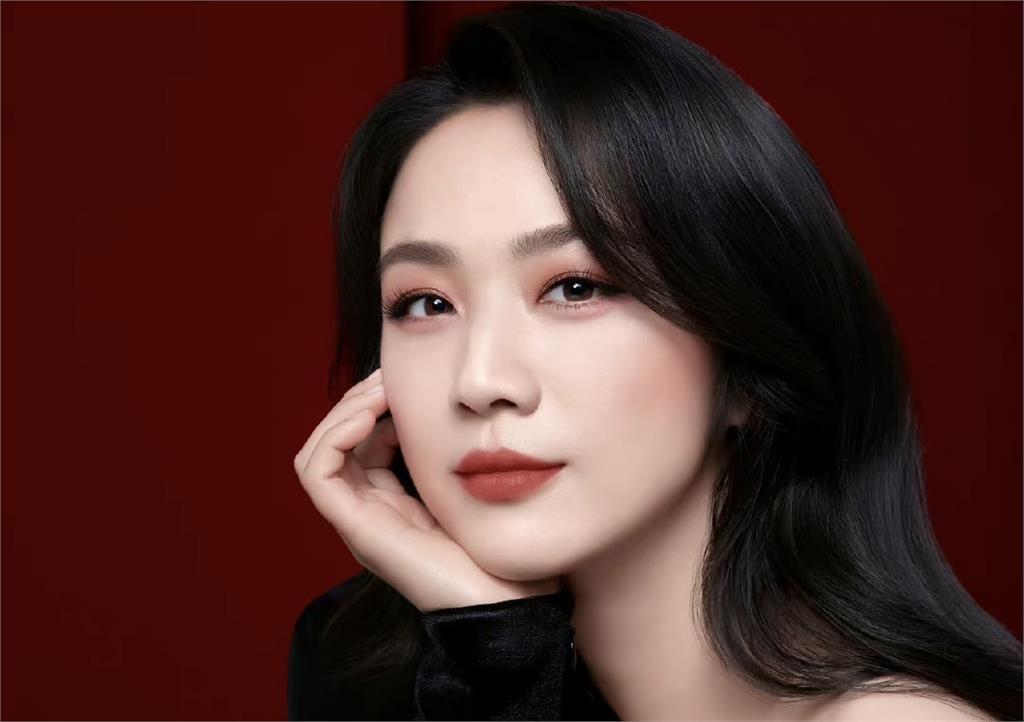 41歲湯唯公開亮相 超仙「0瑕疵」獲好評:中國最氣質女演員!