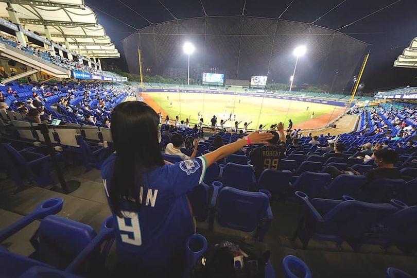 快新聞/可以進場看球了! 中職週末試行開放1000名觀眾入場