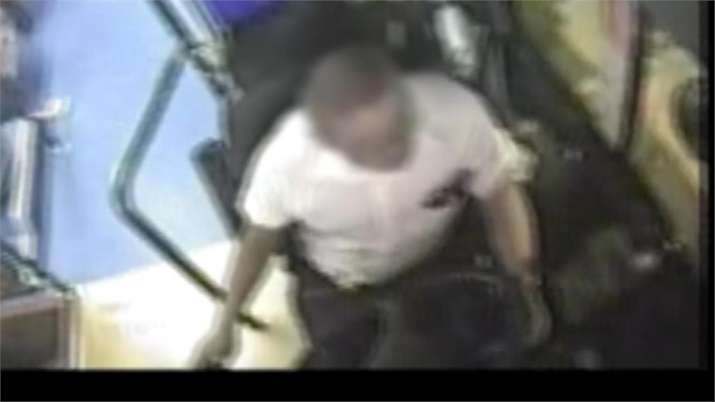 快新聞/有吸毒前科! 內湖公車衝人行道撞死人 司機認:上週曾吸毒
