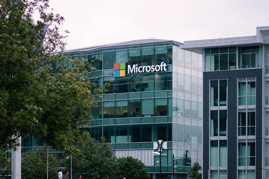 微軟承諾歐盟雲端客戶資料存歐洲 消除移美疑慮