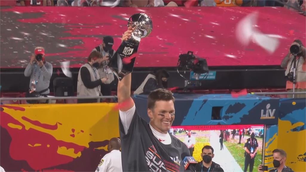 超級四分衛布瑞迪 20年前的今天躍上NFL舞台