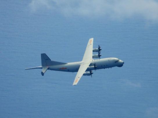 快新聞/共機又擾台! 中國2架運8反潛機進入我空域 國防部立即「防空飛彈追監」