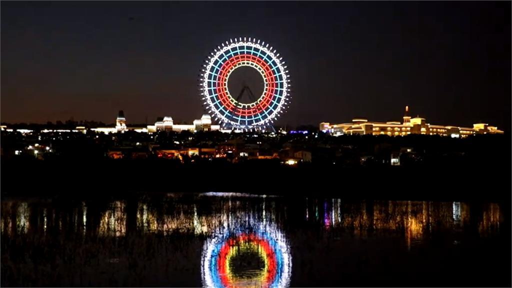 狂賀!最大摩天輪燈光秀 讚東奧選手連奪牌