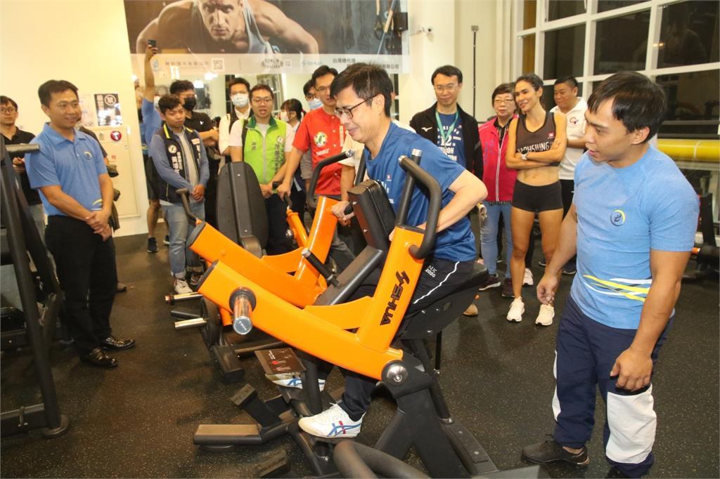 高雄運發明年預算增8% 陳其邁:2年內7座運動中心投入營運