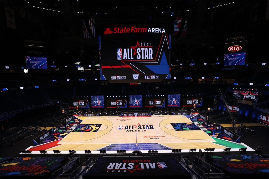 NBA/明星賽陣容出爐!詹姆斯聯手柯瑞、字母哥