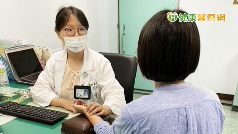經期完一週後驚見少量出血 排卵期出血需要治療嗎?