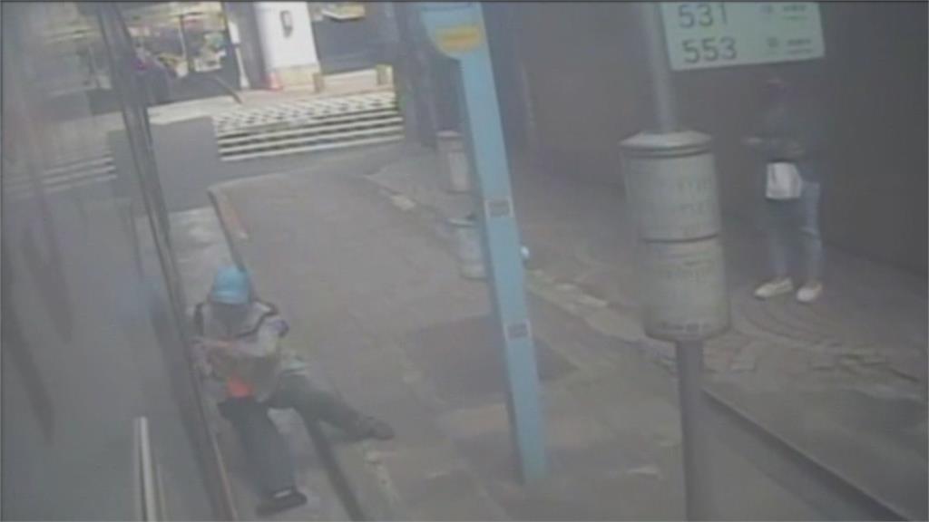 婦遭公車門夾拖行傷勢重 家屬控業者處理消極