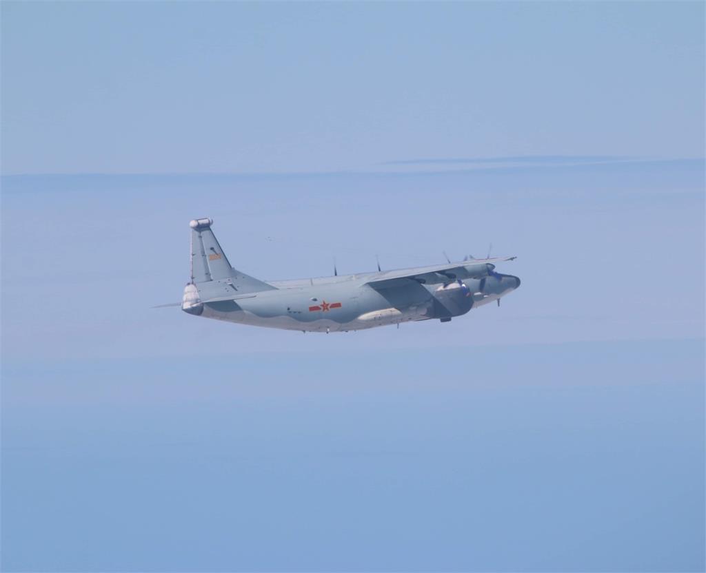 快新聞/中國軍機又來! 空警500機、運8遠干機各1架次擾台遭廣播驅離